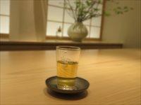 【茶酒論】茶と酒はどちらが優れているのかお互いが言い争ってみた結果@とやマルシェ内 丸八製茶場syn