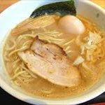 【麺屋一鶴】鶏煮干ラーメンの濃厚な旨さがやみつきと僕の中で話題に@富山市中島