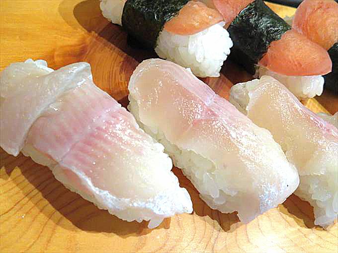 【五箇山旬菜工房いわな】ピンク色に透き通るいわな寿司が絶品!