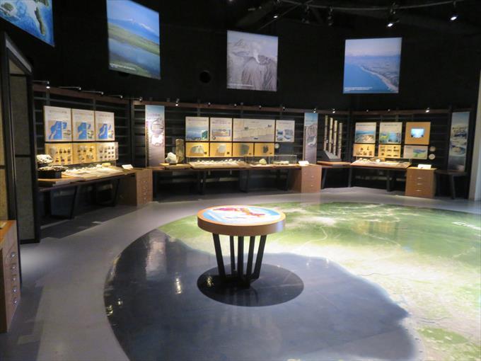 富山市科学博物館の展示物1