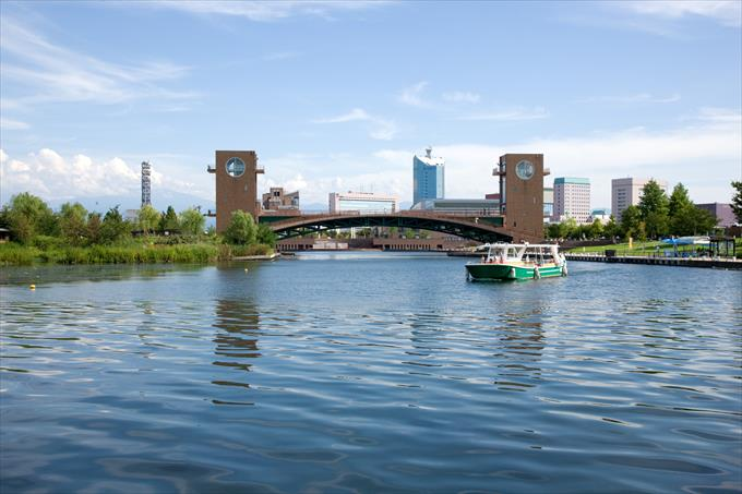 富岩運河環水公園の天門橋
