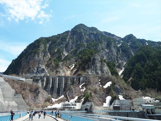 黒部ダムの風景
