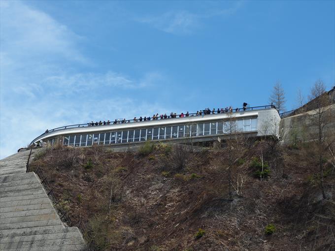 黒部ダムの展望台