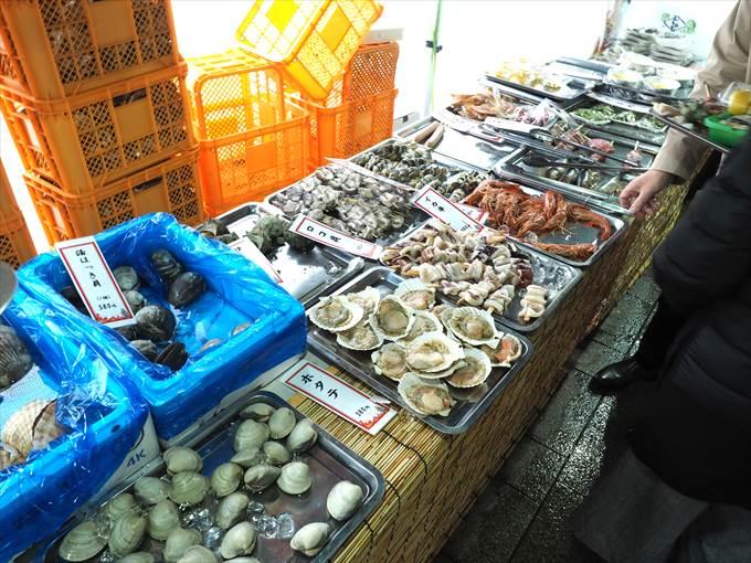 カキ小屋の海鮮食材