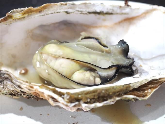 真牡蠣の身