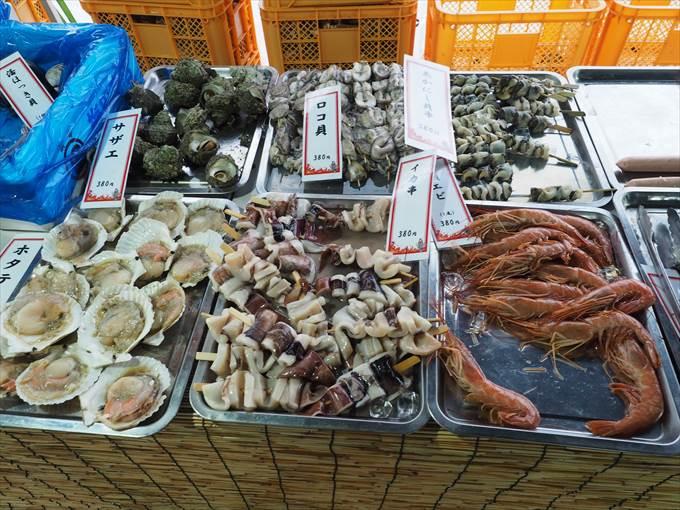 カキ小屋の海鮮食材2