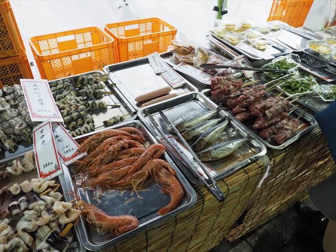 カキ小屋の海鮮と肉