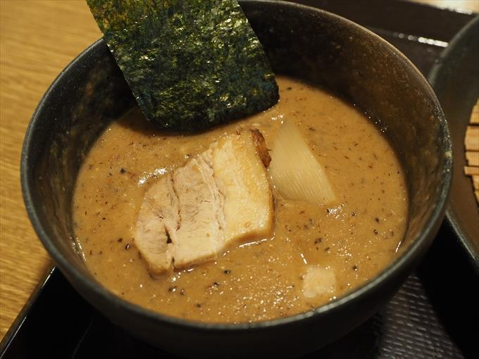 つけ麺是・空 どろつけ麺のアップ